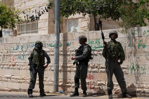 Moral responsibility of soldiers participating in the unjust occupation